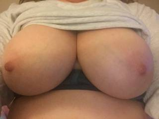 Mmm I'd run down there for her break and suckle those big tits...awesome naturals