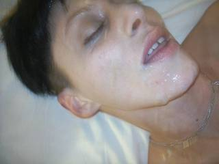 damn, i'd love to unload on her pornqueen face, after i slammed her pussy good....what a lucky schlong you've got....
