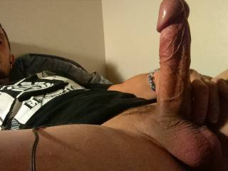 Nice fat head to push inside my ass and feel you cum.
