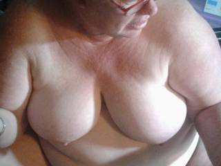 THIS IS BIG RED. IF YOU'RE CLOSE AND HAVE A HUGE BLACK COCK, SHE WANTS TO ME TO FILM HER SUCKING IT, AND YOU'RE FRIENDS TOO!!!! LET ME KNOW WHEN YOU WANNA CUM OVER TO HER PLACE AND CUM ALL OVER HER FACE.