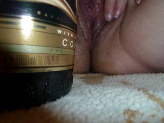 jus looks sooo delicious it does, pussy looks nice too pmsl xx