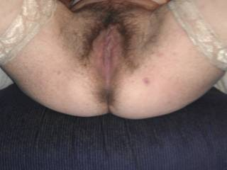Id love the pleasure of that very beautiful hairy Pussy to eat, I have a passion for that, You should cummmmmmmm see