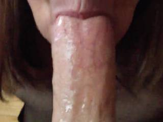 She loves sucking cock, you can\'t tell, but her tongue is doing nice things to the head!