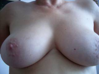 those tits are just ripe and ready to suck and play with:)