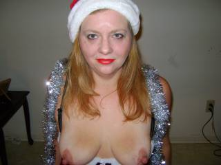 love to give you a Christmas present !! WOWEE fantastic nipples !!