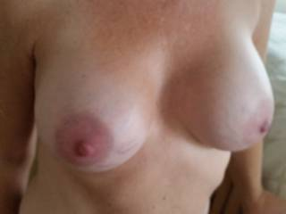 I think we could have some fun with a tribute,hot tits