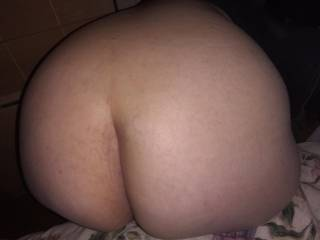 My wife\'s ass. I want to have a big cock couple or male to take her sweet pussy. And make her moan and cum like a slut. I\'m bi she is curious