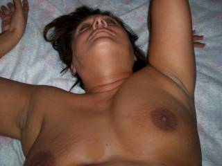 Wife cummin\' with cock up her ass.