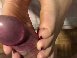 Decided to fuck my wifes feet.