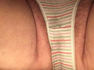 I'm getting wet, anyone wanna cum make me even wetter🔥🔥🔥🔥