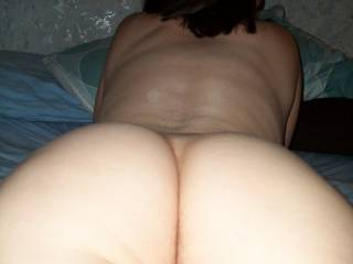 I can almost feel my tongue running up and down between those luscious cheeks!!!