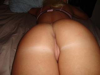 I wanna slide into those two holes Honey!!   Nice ass and cheeks, can fuck that sweet body all night and day!!!!