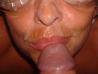 i like to stand round with my cock out and wank a load of spunk off to cover your face mm