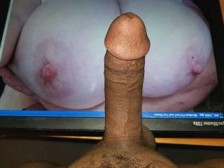 Dominoe44\'s huge natural tits were literally built to be fucked. They are incredible!