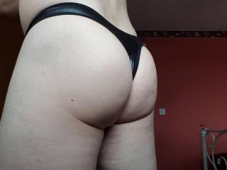 My Fat Ass in a Shiny Smooth Black Thong 🤗