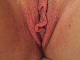 who would like to suck a lick the wife pussy