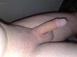 this is my cock in a relaxed state just moments after being shower and shaved