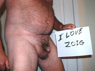 such a suckable cock -n hairy body - mmmm