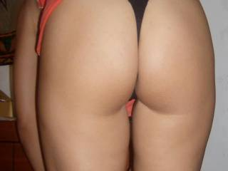 Nice ass. Looks perfect for licking, fingering, and fucking.