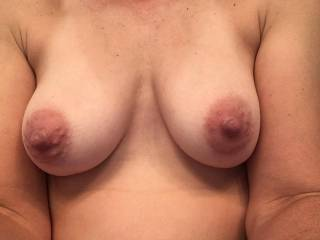 Wife sent me a pic of her tits, the best nipples!!