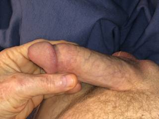 Love rubbing the head of my penis.