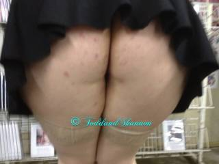 Shannon showing her ass in the adult video store