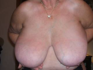 Just luv big tits with veins showing.....