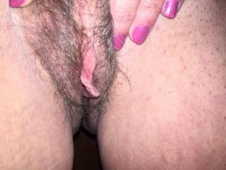 mmm love to lick that sweet looking pussy till you scream
