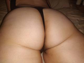 Getting wifes arse ready for a fucking