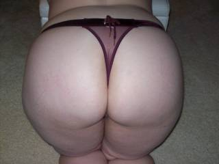 Lupo\'s wife showing me her nice round ass as her cuckold hubby waited at home for her return