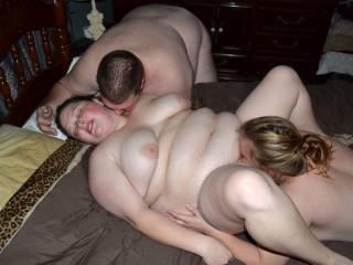 wifey getting pleasured by new couple friends :)