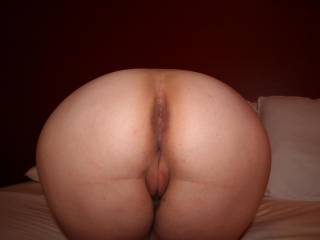 Would LOVE to spend LOTS of time kissing, caressing and licking that and then to slide into that AWESOME pussy!!!