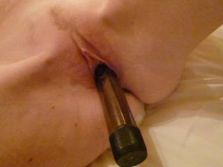 Love to shave that tasty cunt then eat it and fuck it as others watched. Mmmmmmmm delicious