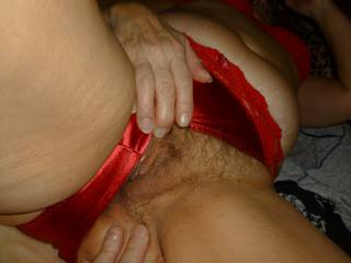 Looks very sexy love to slip my tongue in it mmm