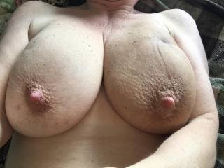 Beautiful naturals, love those huge thick nipples nice and swelled up