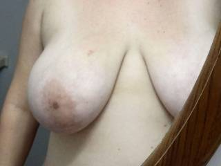 Gorgeous all natural tits....excellente!