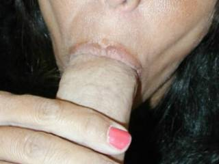 Im a married guy who likes to get his dick sucked