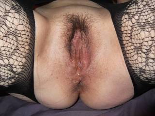 Wife rubs clit while talking dirty