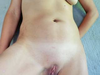 very sexy body indeed! I got really horny seeing your pics... In my dreams I'd explore that body intensly and...