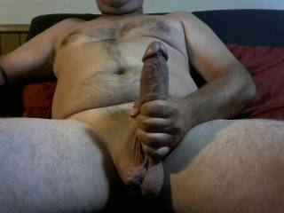 does my cock look thick? what do you think? comments plz