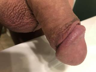 Just decided to do a closeup of my flaccid dick.
