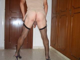 Wanna spank that bare bottom and fuck it hard doggie.
