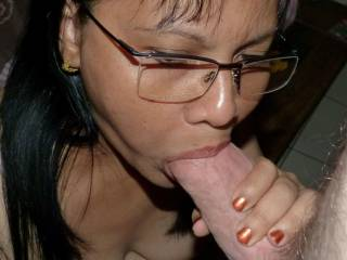 you look so sexy with your glasses and th big cock in your mouth!