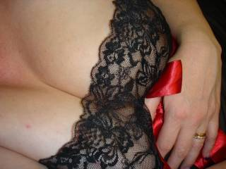 Love to rub my cock between those gorgeous breasts