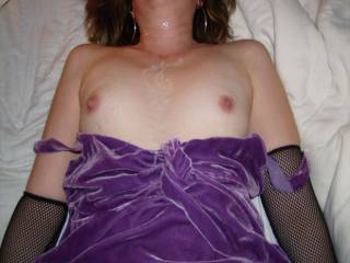lovely breasts, lovely photo, i am horny just thinking about it...