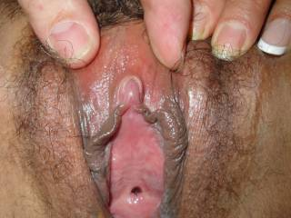 LOVE IT!!! Would love to get my lips and tongue on that!!! Could enjoy lots of that before fucking her!!!