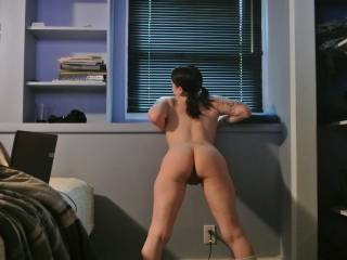omg wow if i came home to this id drop to my knees so fast to munch on that sexy pussy wow awesome ass