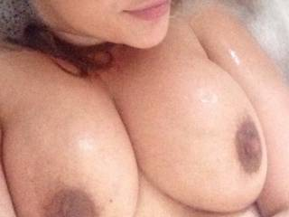Bath time fun time!! Who wants to see more???!!!