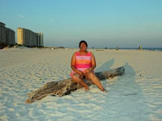 I am normally shy about being nude in public...it blew hubby\'s mind when I suggested we take some naughty pics on the beach!