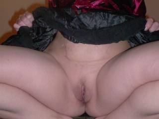 mmmmmmmmmm please sit on my face and let me eat your sweet pussy